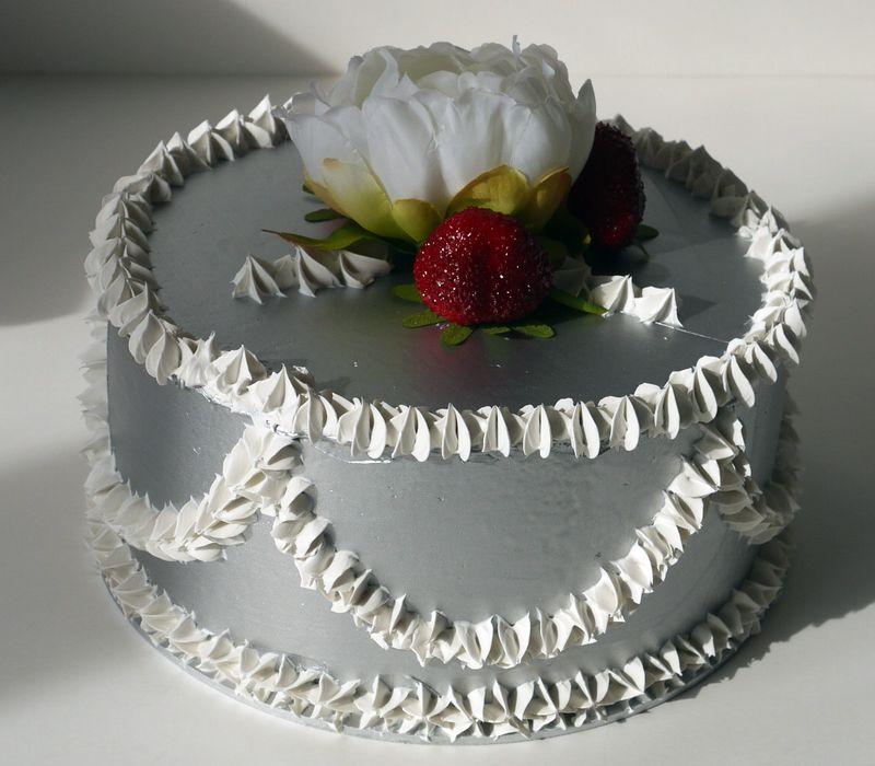 torta finitura argento