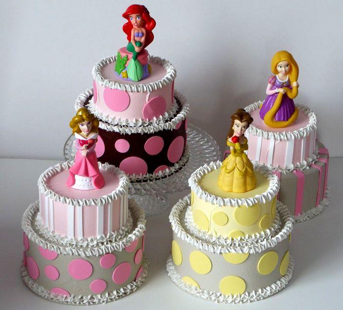 Choose your Princess - torte a due piani di piccole dimensioni